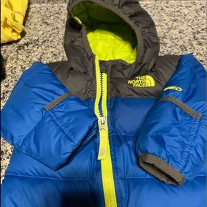The north face boy size 3-6month 550 fill down